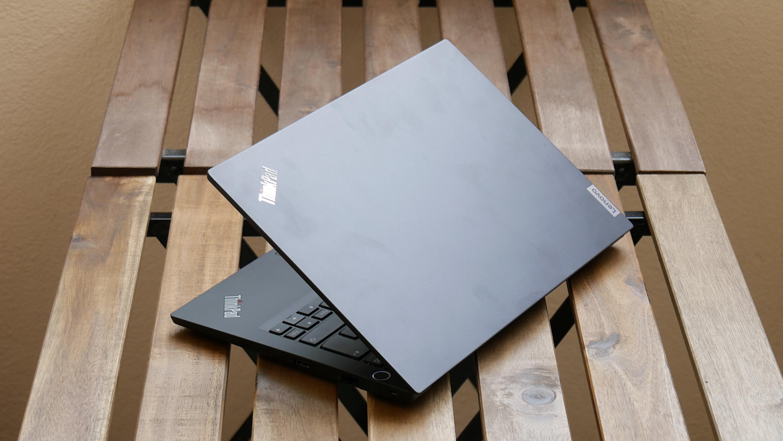 Thinkpad E14 Gen2 (AMD) im Test: Gelungener Ryzen-Laptop für 700 Euro - Thinkpad E14 Gen2 mit Ryzen (Bild: Golem.de)