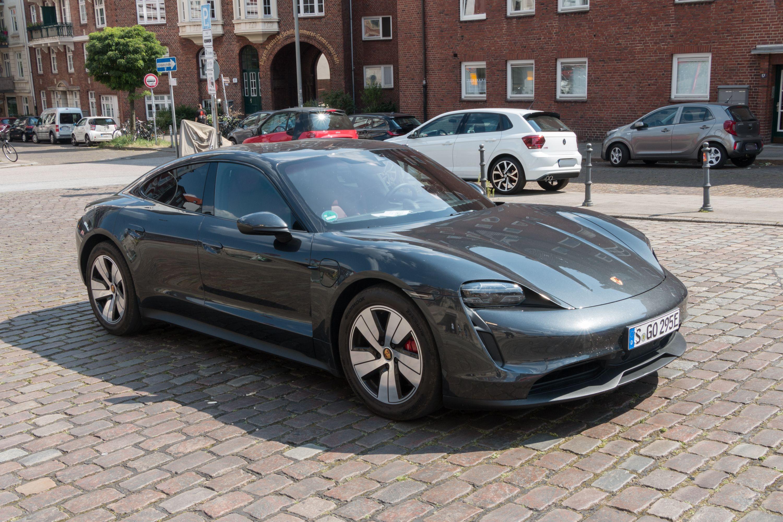 Test Porsche Taycan 4S: Dieses Auto ist Rock 'n' Roll - Der Porsche Taycan 4S (Bild: Werner Pluta/Golem.de)
