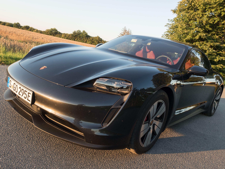 Test Porsche Taycan 4S: Dieses Auto ist Rock 'n' Roll - Uns hat das Auto... (Bild: Petra Vogt)