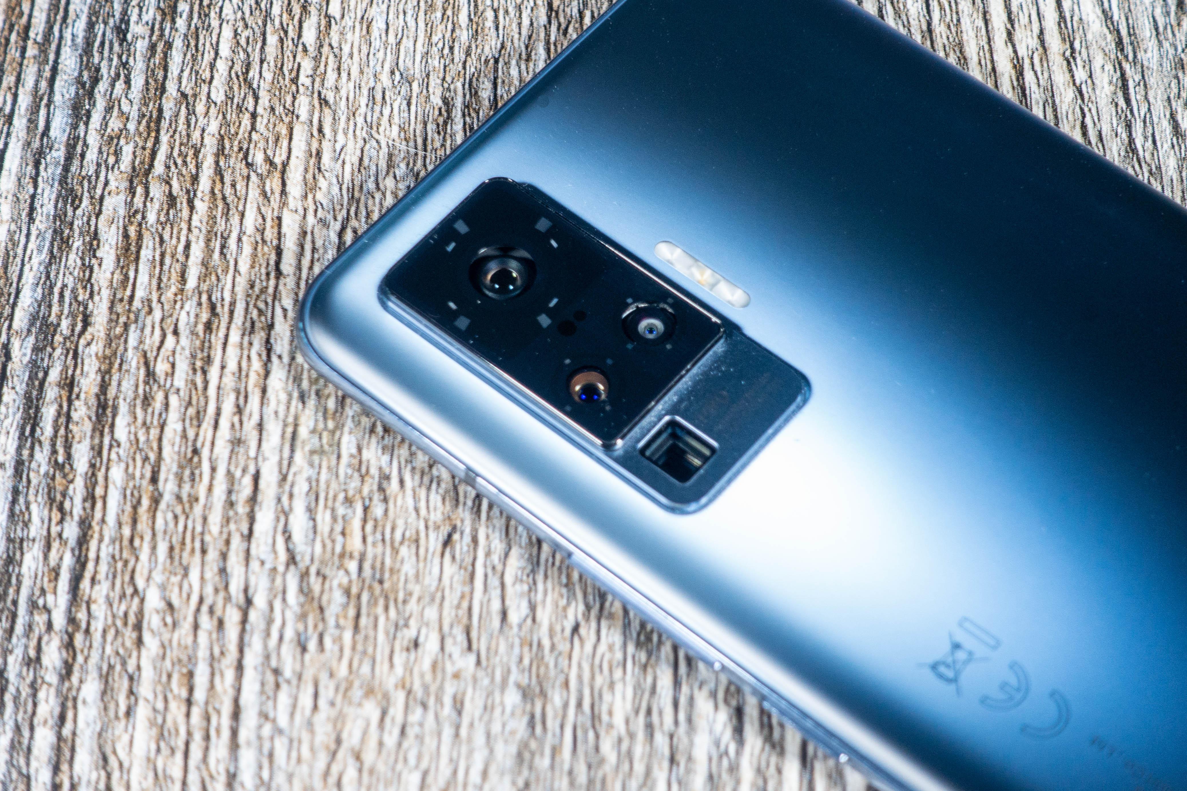 Vivo X51 im Test: Vivos gelungener Deutschland-Start hat eine Gimbal-Kamera -