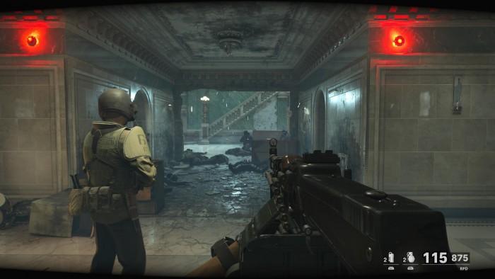 Hier sind wir in einer Geheimdienstzentrale unterwegs. (Bild: Activision/Screenshot: Golem.de)