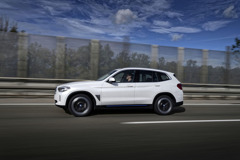 Elektromobilität: Diese E-Autos kommen 2021 auf den Markt - BMW iX3 (Bild: BMW)