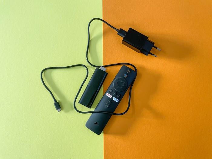 Das Kabel des Netzteils beim Mi TV Stick ist sehr kurz. (Bild: Ingo Pakalski/Golem.de)