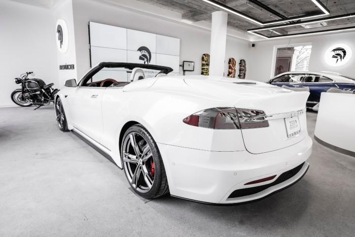 Tesla Model S Cabrio (Bild: Ares)