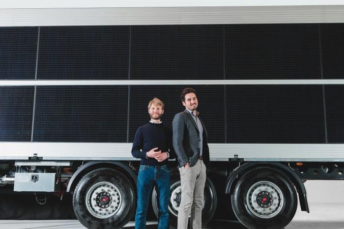 Eine neue Idee: ein Lkw-Hänger mit Solarzellen. Sie könnten ein Kühlaggregat betreiben. (Bild: Sono Motors)