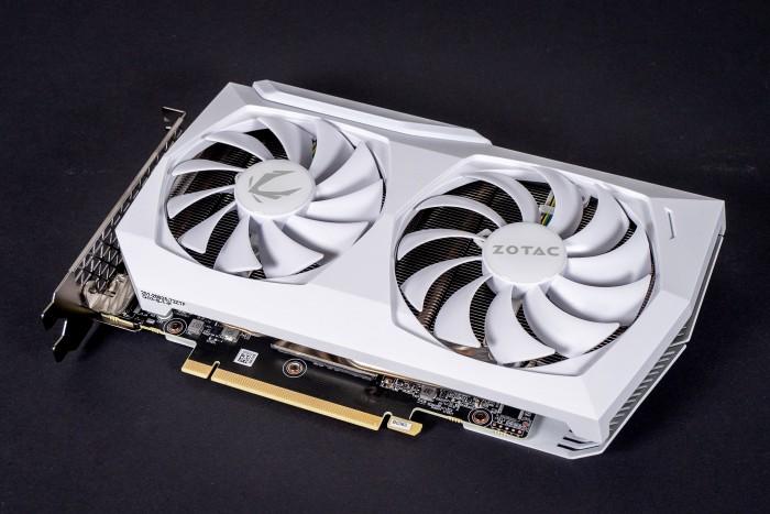Geforce RTX 3060 Amp White Edition von Zotac (Bild: Marc Sauter/Golem.de)
