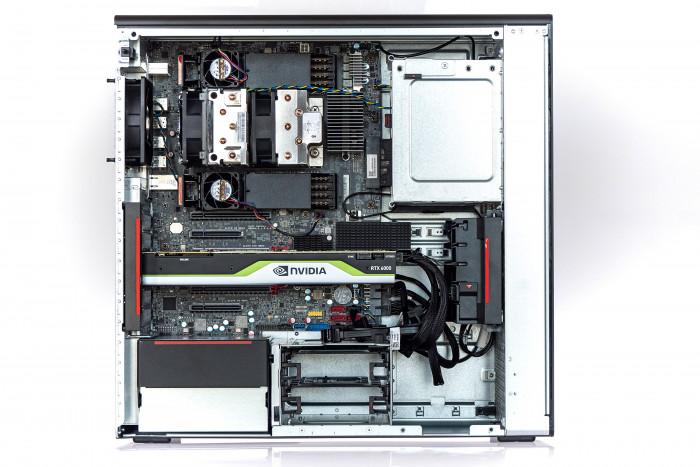 Innenansicht von Lenovos P620 (Bild: Martin Wolf/Golem.de)