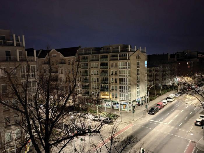 Mit dem Nachtmodus des Mi 11 lassen sich gut belichtete Nachtaufnahmen machen. (Bild: Tobias Költzsch/Golem.de)