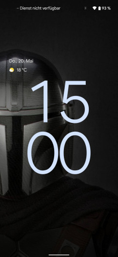 Die Uhr auf dem Sperrbildschirm von Android 12 ist sehr groß, wenn keine Benachrichtigungen angezeigt werden. (Screenshot: Tobias Költzsch/Golem.de)