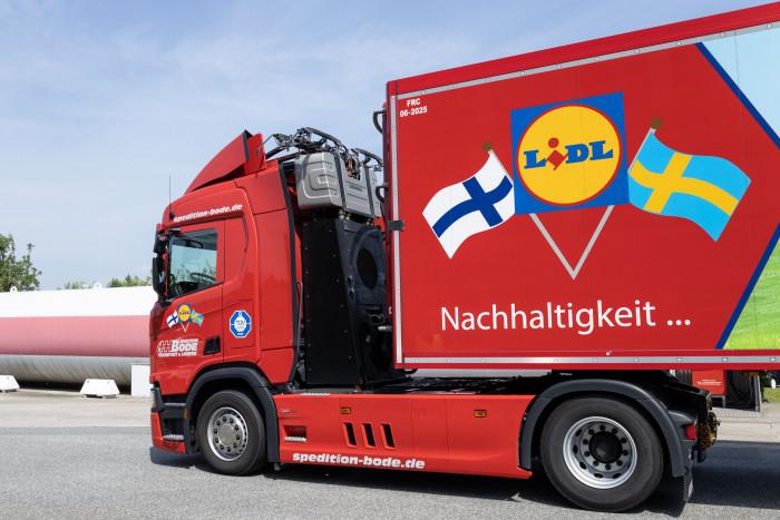 El vehículo proviene de Scania y se basa en un camión híbrido.  (Imagen: Werner Pluta / Golem.de)