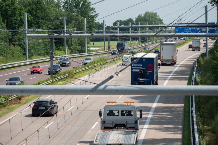 Der E-Highway bei Reinfeld im Sommer 2021 (Bild: Martin Wolf/Golem.de)