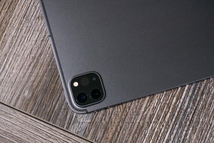 Auch die Kamera wurde vom iPad Pro des vorigen Jahres übernommen. (Bild: Tobias Költzsch/Golem.de)