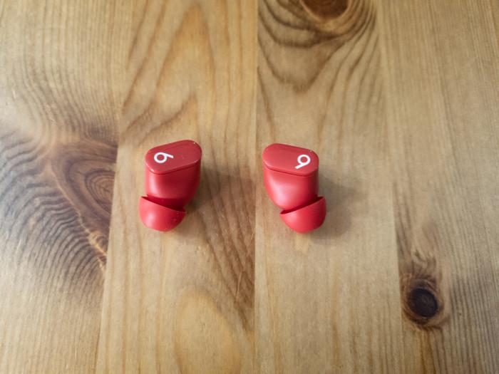 Studio Buds (Bild: Ingo Pakalski/Golem.de)