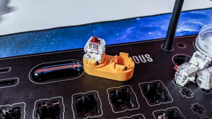 Ein Switch-Öffner erleichtert das Luben. (Bild: Oliver Nickel/Golem.de)