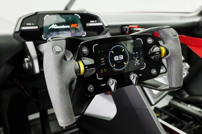 Der Porsche Mission R könnte das Vorbild für einen vollelektrischen Rennwagen sein. (Foto: Porsche)