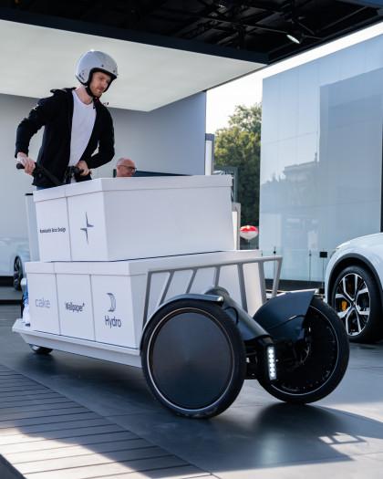 Der Polestar Re:Move ist ein Lastenroller mit Elektroantrieb. (Bild: Polestar)