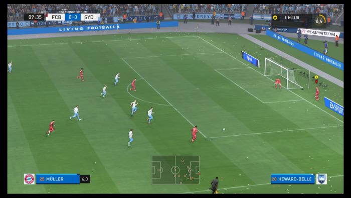 Im Karrieremodus stürmt der FC Bayern in Richtung gegnerisches Tor. (Bild: EA Sports / Screenshot: Golem.de)